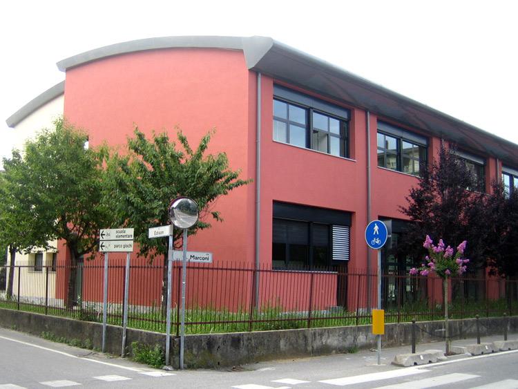 Nuova scuola primaria Facciata